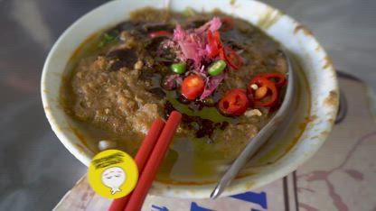 MASSIVE Bowl of RAMEN NOODLES & Street Food Tour of Malaysia