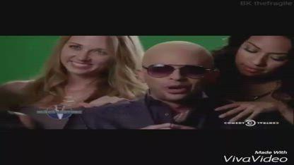 Pitbull Vs Nick Kroll Señor Feature! [Vine Clip]