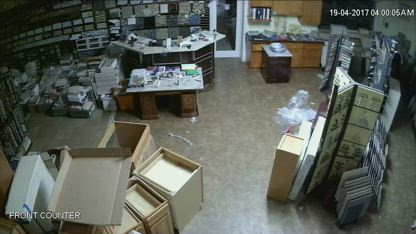 Turquoise Home Design, Inc., Richmond, Calif. Paperwork Thief, The Store_REAR SIDE_main,  2017 04 19 ... who does she work for... ?