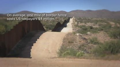 Teenage Girls scale Mex-US Border Fence in 15 Seconds