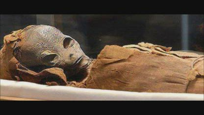 Mummified Alien found buried in an Ancient Pyramid!! Egyptian!! Archaeologists Baffled!!